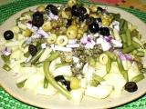 Brambory s olivami a fazolkou recept