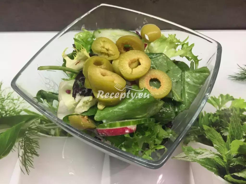 Lehký zimní salát recept  saláty