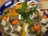 Čočkový salát s olivami recept