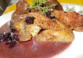 Krůtí játra na tymiánu se salsou recept