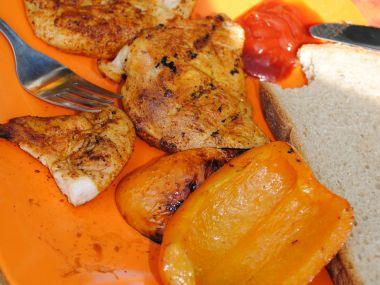 Kuřecí prsa na grilu s paprikou