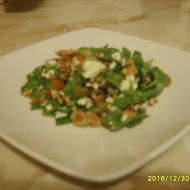 Špenátový salát s balkánem recept