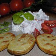 Pečené brambory s bazalkovým tvarohem recept
