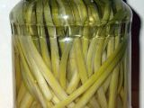 Marinované výhonky česneku medvědího recept
