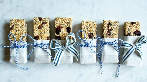 Ovesné-quinoa müsli tyčinky