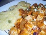 Tofu gulášek s polentovým knedlíkem recept