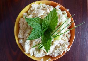 Kuskusový salát s jogurtem