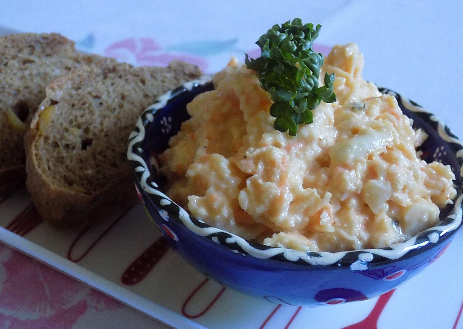 Celerovo-mrkvová pomazánka s parmazánem recept