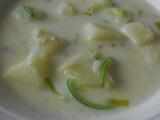 Porková polévka s bramborami, vejci , vločkama, smetanovo-sýrová ...