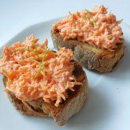 Smetanová mrkvovo-celerová pomazánka recept