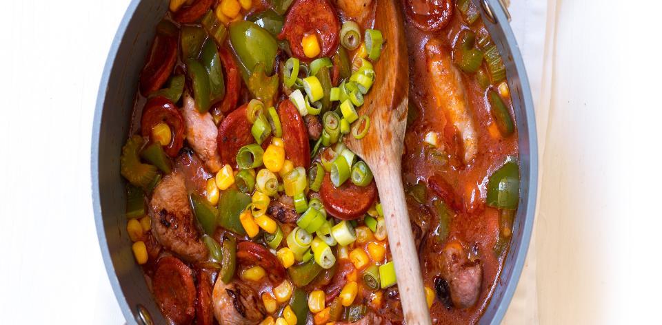 Kuřecí kostky na zelenině