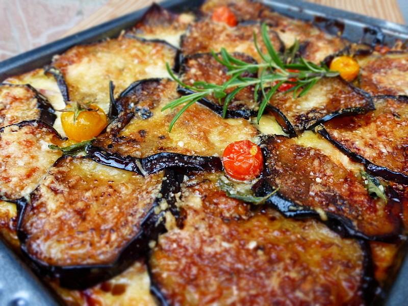 Slaný kynutý koláč se zeleninovou náplní recept