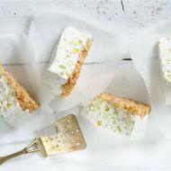 Slaný cheesecake s oříšky recept