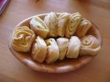 Jugoslávské česnekové koláčky recept