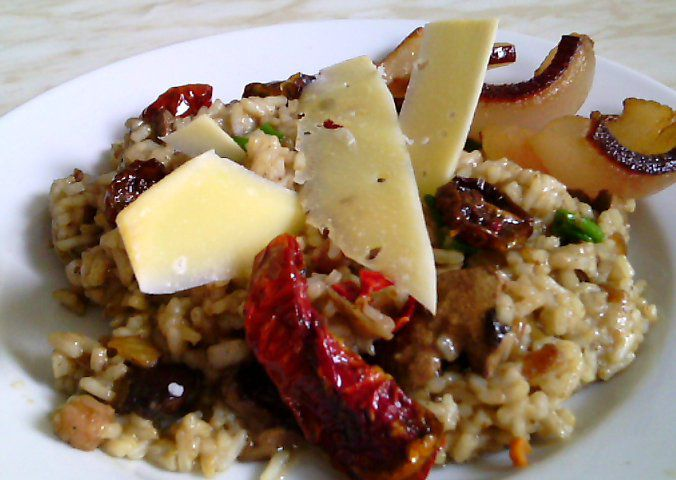 Rizoto à la Krkovička z králičích jater, hub a sušených rajčátek ...
