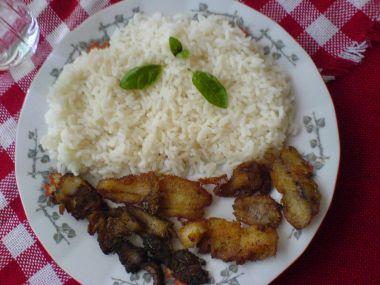 Smažený pstruh s rýží