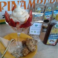 Jahodový pohár s topinambury recept