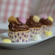 Vanilkové cupcakes s krémem z hořké čokolády a Pedro Dezertíky ...