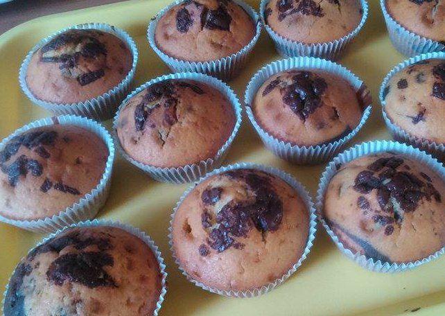 Rychlé muffiny s kousky čokolády recept