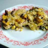 Zapékané brambory s uzeným a okurkou recept