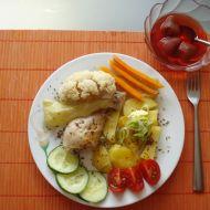 Kuřecí stehýnka s brambory a zeleninou v páře recept