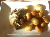 Jehněčí steak s česnekovým máslem a grilované brambory recept ...