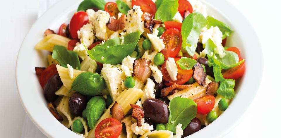Středozemní těstovinový salát