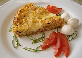 Cuketový koláč s brynzou, mozzarellou a uzeninou recept ...