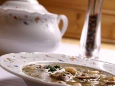 Houbová polévka s kořenovou zeleninou