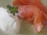 Brokolicový krém s uzeným lososem recept
