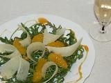 Užijte si kapku luxusu Rukolový salát s karamelovými pomeranči ...