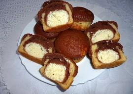 Muffiny s tvarohovo  kokosovým překvapením recept