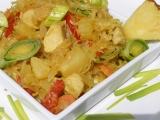 Kuřecí s ananasovým zelím na kari recept