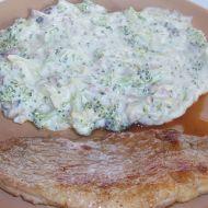 Vepřové plátky s brokolicí v sýrové omáčce recept