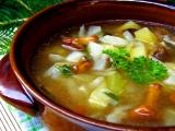 Letní zelná polévka s houbami a bramborem recept