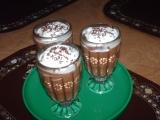 Horký čokoládový pudink s rumem a skořicí recept
