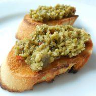 Tapenáda ze zelených oliv recept