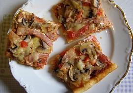 Pizza, doma obložená recept