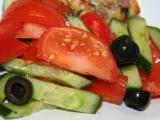 Barevný řecký zeleninový salát recept