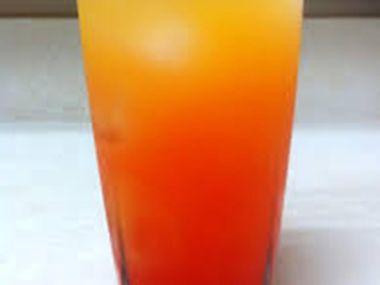 Americká limonáda s ovocným likérem