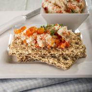 Zdravá pomazánka z pečených paprik s knäckebroty recept