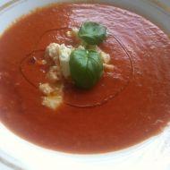 Tomatová polévka s mozzarellou recept