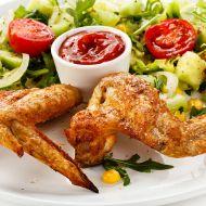 Grilovaná kuřecí křídla se speciální sladko-pálivou omáčkou recept ...