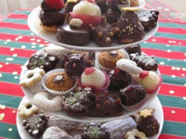 Cukroví: mandle-kokos-ořechy