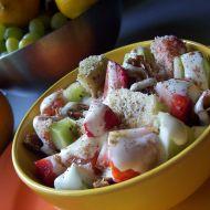 Ovoce s oříškovým překvapením recept