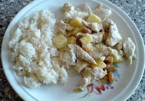 Kuřecí čína s ananasem