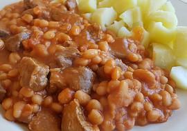Hovězí kousky s fazolemi Baked Beans recept