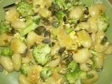 Gnocchi s vajíčkem, brokolící a dýňovým semínkem recept ...