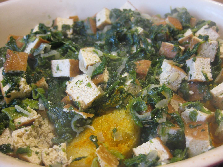 Polenta zapečená s uzeným tofu a špenátem recept
