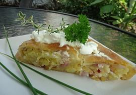 Krompiruša  závin s bramborami a cibulí recept